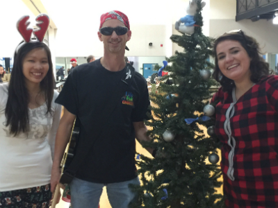 Thao Nghi Bui, Mark Wampole, Camilla Posthill at Jingle Bell Jog