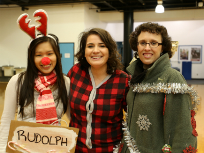Thao Nghi Bui, Camilla Posthill, Kelly Johnson at 2015 Jingle Bell Jog